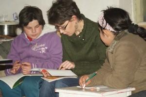 Együtt tanulunk két lánnyal
